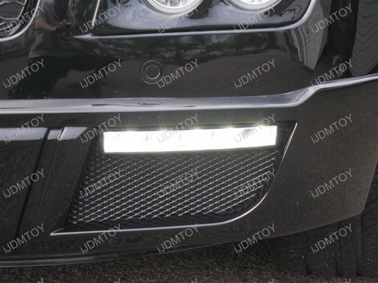 Mercedes - Benz - GL450 - LED - daytime - running - lights - 2